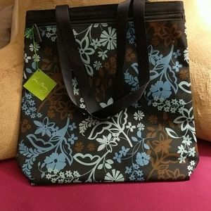Vera Bradley Handbags - Vera Bradley lighten up front zip tote