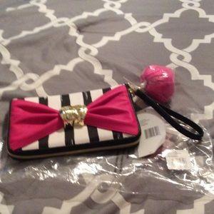 Betsey Johnson Handbags - Zip around bow and arrow stripe Betsey Johnson.