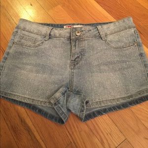 lei Pants - Sparkly jean shorts