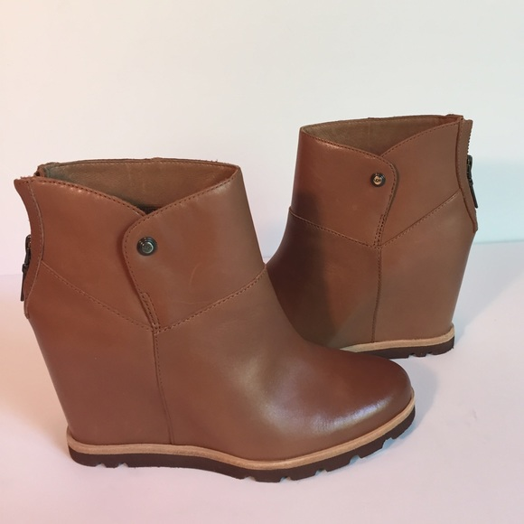 53 ugg shoes nib ugg amal boot chestnut leather sz