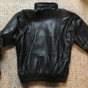 9b7d06863 John Ashford 100% real leather coat