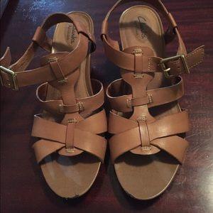 Clarks Shoes - Clark's Artisan Leather Camel Sandals - Size 8m