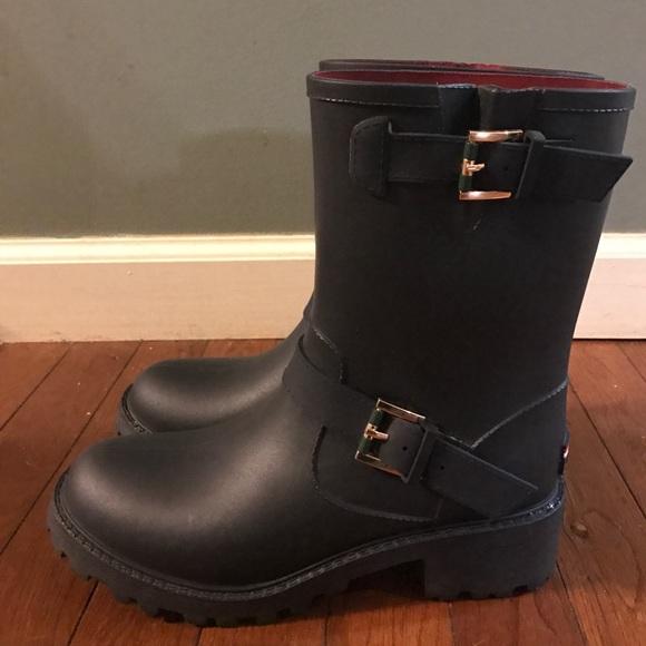 67 off tommy hilfiger shoes sale tommy hilfiger. Black Bedroom Furniture Sets. Home Design Ideas