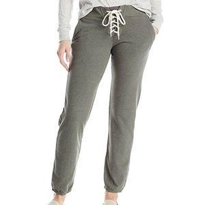 Monrow Pants - Monrow sweatpants -never worn, still in plastic