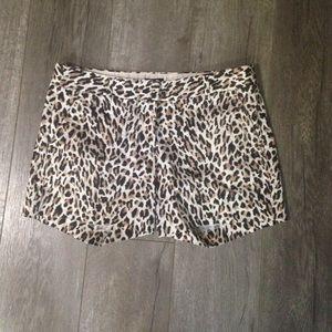 J. Crew Factory Pants - J crew leopard print city fit stretch shorts 4