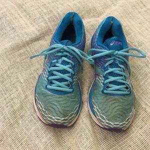 """Asics Shoes - ASICS GEL """"Running Shoe"""" SIZE 9 , EURO 40.5 EUC 🦋"""