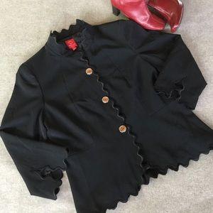 Oscar de la Renta Jackets & Blazers - Oscar de La Renta Black Scalloped Edge Blazer