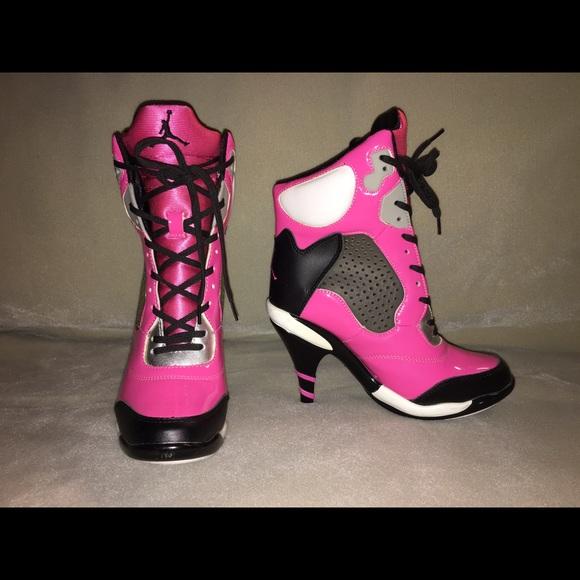 Nike Shoes   Pink Nike Heels Sz 6