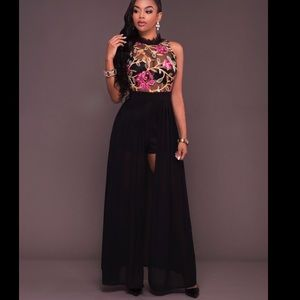 Dresses & Skirts - Embroidered black maxi