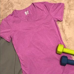 Weatherproof Tops - Weatherproof workout shirt