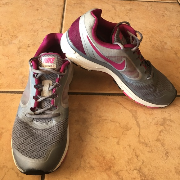 20db56abad6e Nike Women s Zoom Vomero 8 Running shoes. M 590f80e3bcd4a71e520175ef