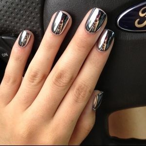 Mirror Metallic Nail Polish