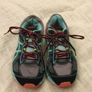 Asics Shoes - ASICS (GEL-SCRAM 2) US SIZE 7, EURO 38. EUC 🍏🍑🦋