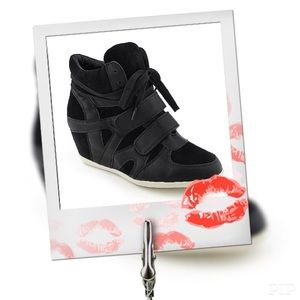 Glaze Shoes - Black Wedge Sneakers