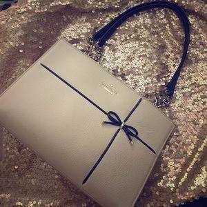 kate spade Handbags - New listing! EUC Kate Spade Cherry St ♠️ bow purse