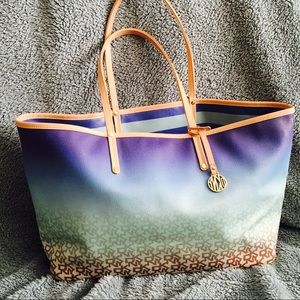 Women's Dkny Beach Bag on Poshmark