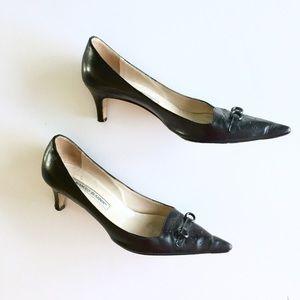 Manolo Blahnik Shoes - 🔥SALE🔥Manolo Blahnik Black Kitten Heels