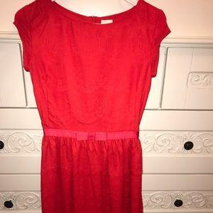 Shabby Apple Dresses & Skirts - EUC Shabby Apple Bright Red Lace Dress