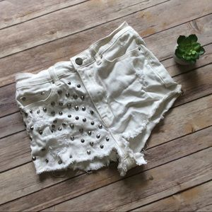 Urban Outfitters Pants - BDG High Rise Cheeky White Shorts size 29