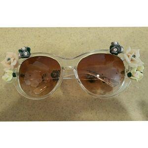 Retro Summer Floral Sunglasses...fun, fun, fun
