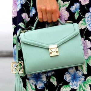 {88 handbags} 🌿 vegan mint sophie crossbody bag