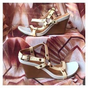 Kenneth Cole Reaction Shoes - Kenneth Cole Reaction Wedges *Make an Offer*
