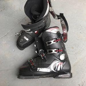 Tecnica Shoes - Tecnica ski boots - size 13
