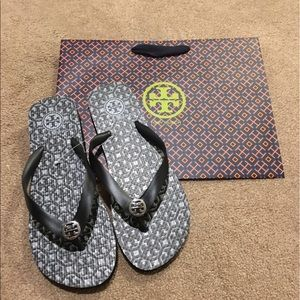 Tory Burch Shoes - NWT-Authentic Tory Burch Flip Flops (Size 7)