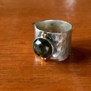 Sundance Jewelry - Sundance sterling silver green garnet ring size 6