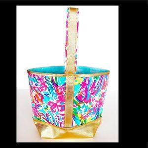 Lilly Pulitzer Handbags - 🍾NWT LILLY PULITZER WINE TOTE CADDY BAG FAN SEA