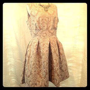 Closet Dresses & Skirts - Size UK 16 (US 14) Beautiful beige and White dress