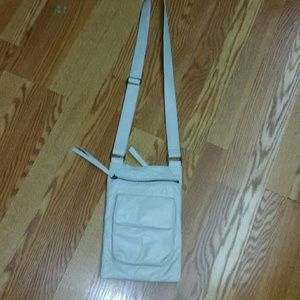 HOBO Handbags - Hobo international crossbody purse
