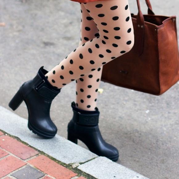 89831e3ac474 Sorel Medina iii High Heel Rain Boots Black 10.5. M 58fb7d0799086a37f4009428