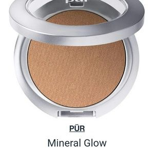Pur Minerals Other - PUR 4-in-1 Pressed Mineral Glow spf 15