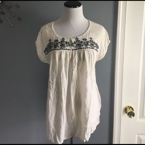 Lucky brand embroidered hippie top