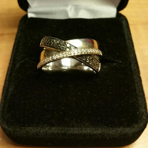 Genuine White & Black Diamond Cross Over Ring