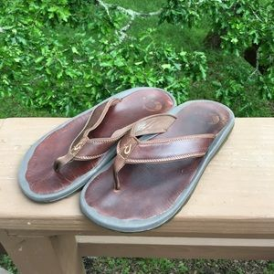 OluKai Other - OluKai Ohana leather sandals