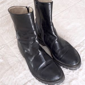 Ann Demeulemeester Shoes - Ann Demeulemeester black leather ankle boots