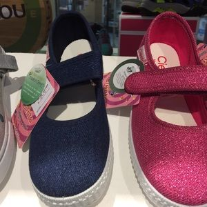Denim Mary Jane toddler shoes rubber soles SZ 9