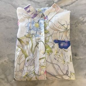 Old Navy Tops - Floral blouse