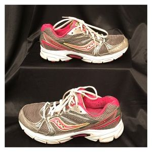 Saucony Shoes - Saucony Running Shoes *Make an Offer*