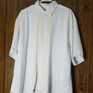 Cubavera Other - Mens Hawaiian style white relaxing shirt