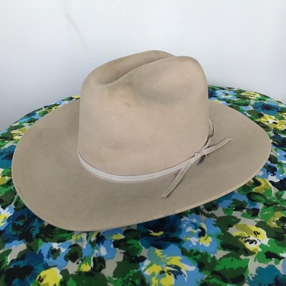 1ff5e9fe44fed Vintage Miller Bros Western hat - beige. M 58fb9758fbf6f9e30a00fd6e