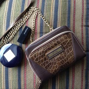 Kenneth Cole Handbags - Kenneth Colé Chain Cross-body Bag/Wallet