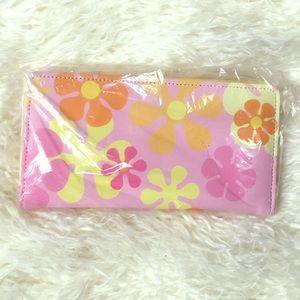 Handbags - NWT Wallet