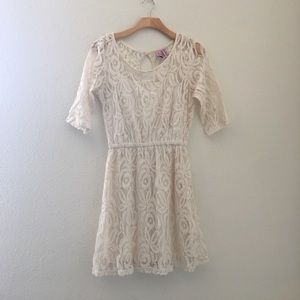 love on a hanger Dresses & Skirts - Love on a Hanger Lace A-line dress