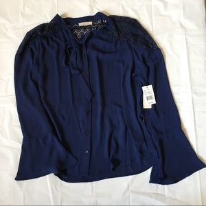Halo Tops - BRAND NEW Navy Bell Sleeve Flowy Top