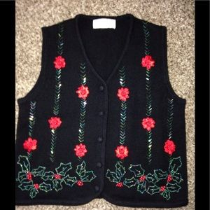 Lisa International Sweaters - Beautiful Christmas knit vest excellent condition
