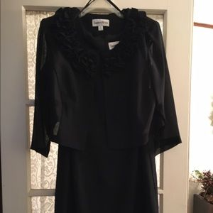 Dresses & Skirts - Black Cocktail dress with jacket