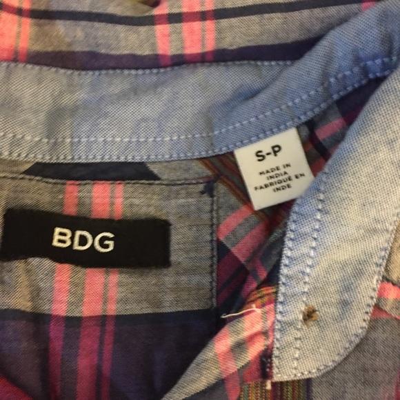 Urban Outfitters Shirts - [BDG] Men's Short Sleeve Button Down Shirt
